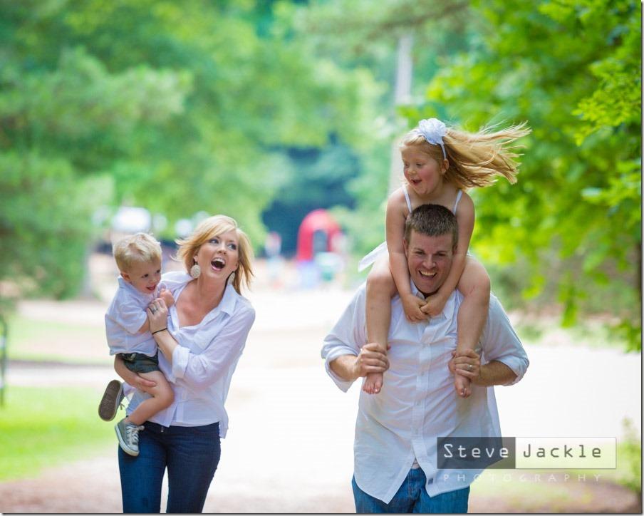 allen-raleigh-family-portrait-family-photos-11